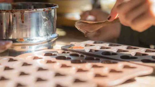 Making chocolates in the Sweetwater kitchen